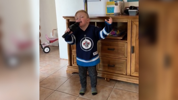 Four-year-old Jets fan takes the social media spotlight