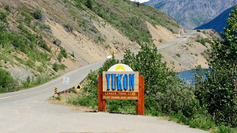 Welcome to Yukon sign on South Klondike Highway at the border of Yukon and British Columbia. (iStock)