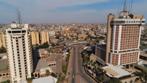 A general view of a nearly empty Baghdad downtown to help fight the spread of the coronavirus, in Baghdad, Iraq, Saturday, April 4, 2020. (AP Photo/Hadi Mizban)