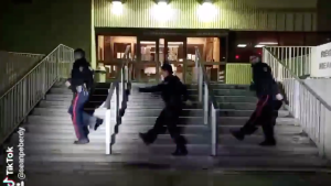 Regina Police officers show off their moves for a TikTok challenge. (Twitter: @ReginaPolice)