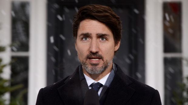 Prime Minister Justin Trudeau addresses Canadians on the COVID-19 pandemic from Rideau Cottage in Ottawa on Thursday, April 9, 2020. THE CANADIAN PRESS/Sean Kilpatrick