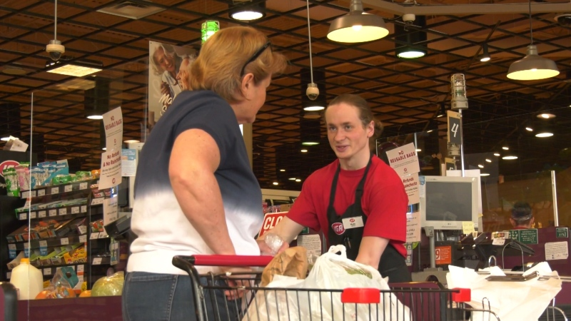 Customers say thank-you to beloved clerk