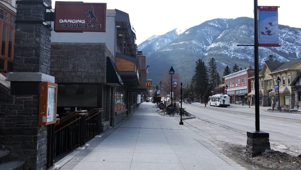 Masks will be mandatory at indoor public places, on transit and for anyone in the 100 and 200 blocks of Banff Avenue, unless they are eating, drinking or working out. (File photo)