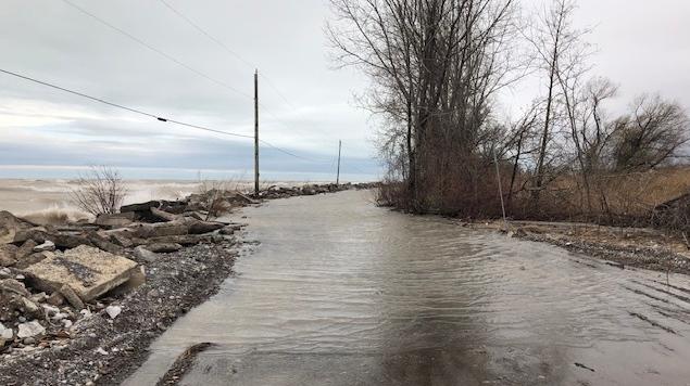 Flooding along Lake Erie near Long Point, Ont. is seen Monday, April 13, 2020. (Jordyn Read / CTV London)