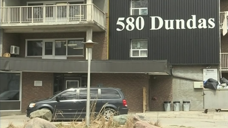 The high rise apartment at 580 Dundas Street in London, Ont. is seen Thursday, April 16, 2020. (Daryl Newcombe / CTV London)