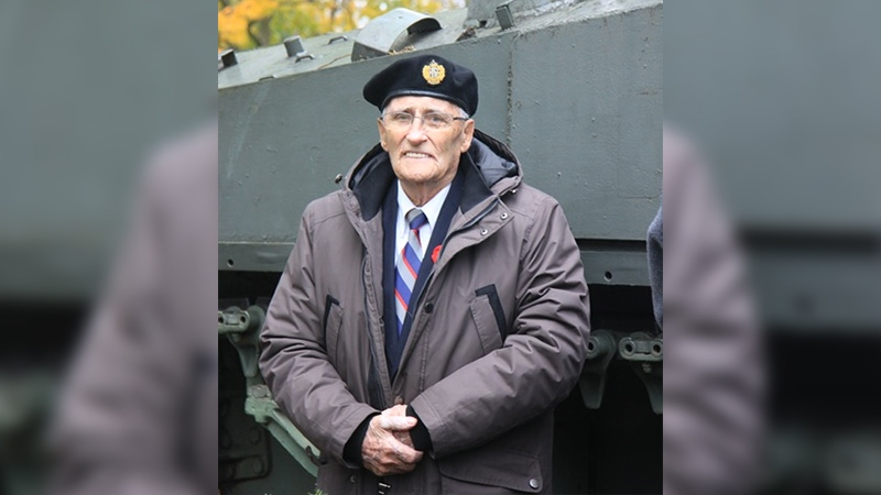 Phil Cockburn of the First Hussars, a Canadian veteran who landed at Juno Beach, is seen in London, Ont. (Source: Joe Murray)