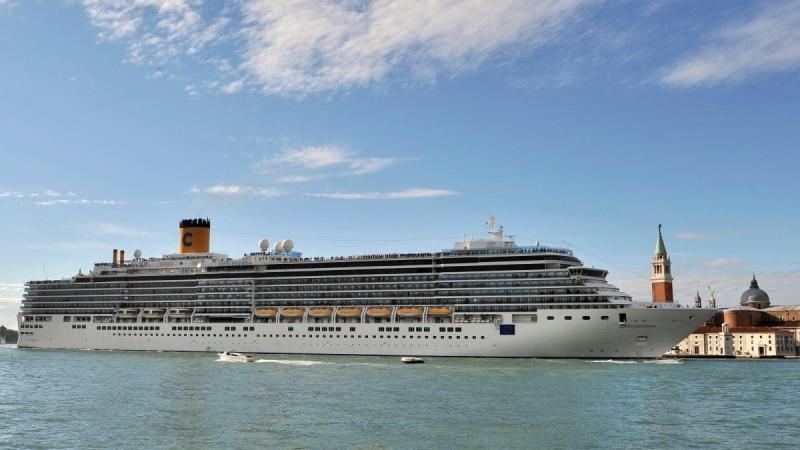 Costa Deliziosa cruise ship in Venice, Italy, on May 24, 2015. (Luigi Costantini / AP)