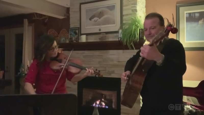 Watch Sudbury musicians, Jeff Wiseman and Jacinthe Trudeau, with uplifting performance that puts a new spin on an old Vera Lynn song.