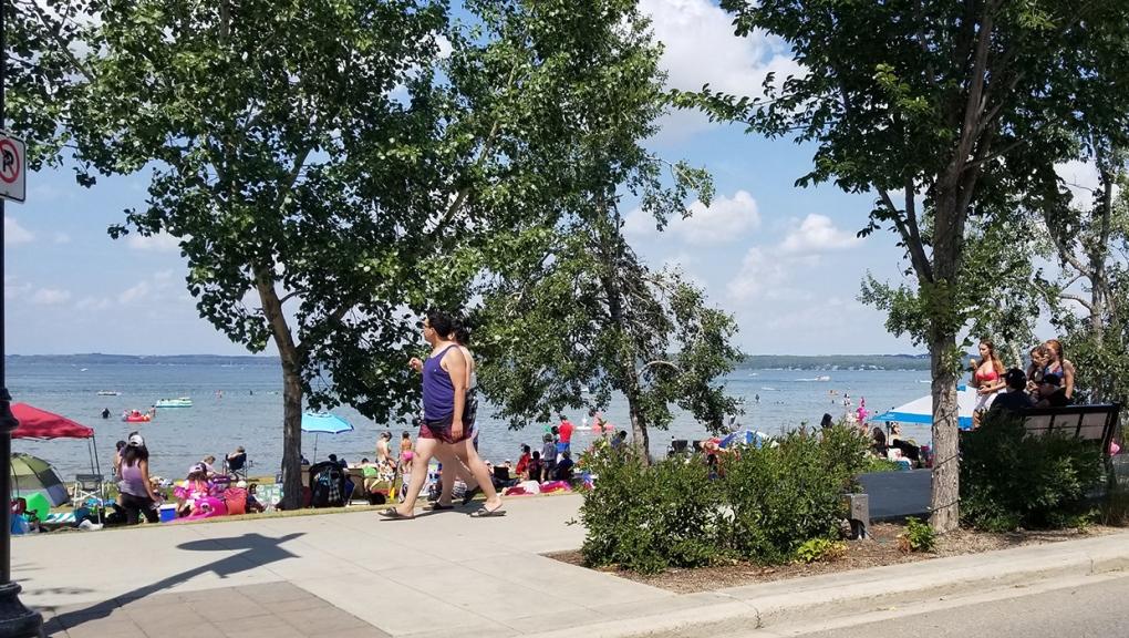 Sylvan Lake, beach