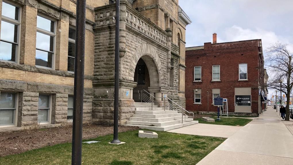 St. Thomas City Hall