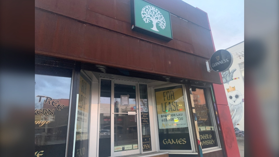 The Oak Tree Tavern on 10th St. N.W. is among the Calgary establishments that have announced a permanent closure during the COVID-19 pandemic