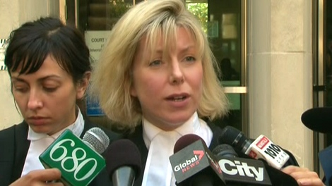 Heather McArthur, defence lawyer for David Bagshaw, speaks to reporters outside the courthouse in Toronto, Monday, Sept. 28, 2009.