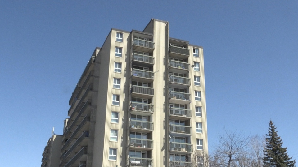 Apartment complex at 1960 Paris Street in Sudbury. Apr. 27/20 (Molly Frommer/CTV Northern Ontario)