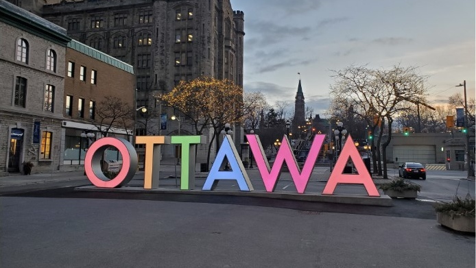 City of Ottawa OTTAWA sign
