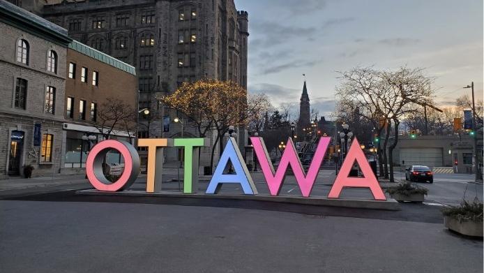 City of Ottawa OTTAWA sign