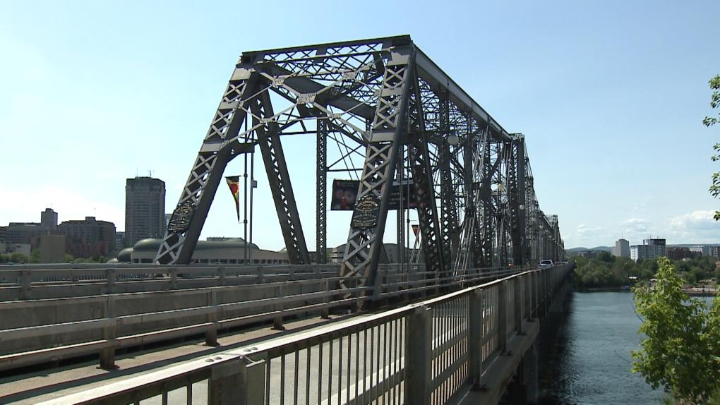 Alexandra Bridge - Ottawa and Gatineau