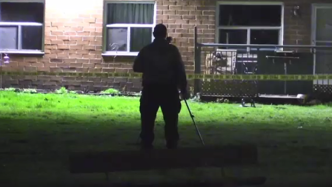 Forensic investigators at 85 Walnut Street in London, Ont. on Tuesday May 5, 2020. (Gerry Dewan / CTV London)