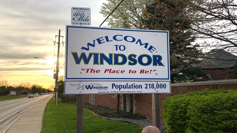 The Welcome to Windsor sign on Riverside Drive in Windsor, Ont., on Sunday, May 3, 2020. (Melanie Borrelli / CTV Windsor)