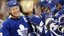 Then-Toronto Maple Leafs captain Mats Sundin celebrates his winning third period goal against the Edmonton Oilers on Feb. 17, 2007. (Aaron Harris / THE CANADIAN PRESS)