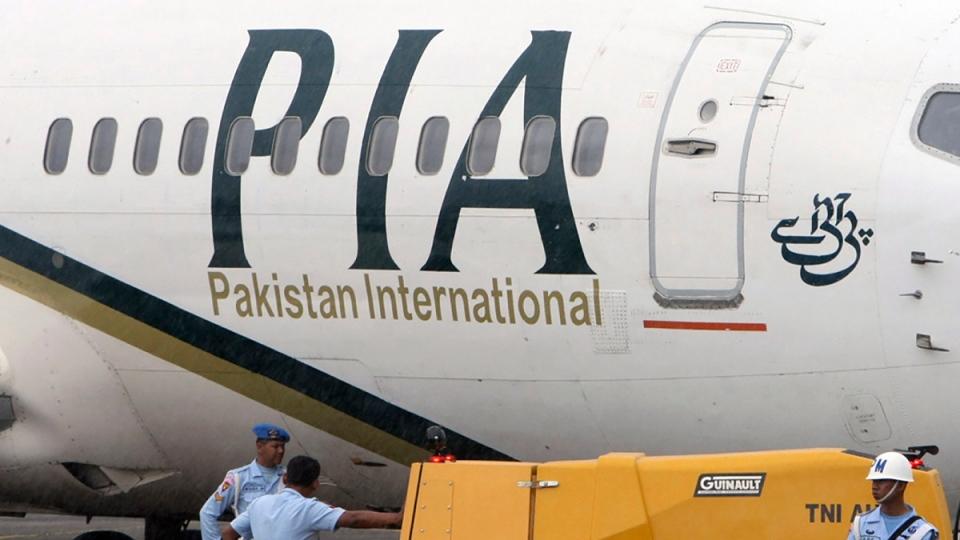 A Pakistan International Airlines passenger jet