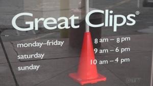 Missouri hairstylist worked while symptomatic,