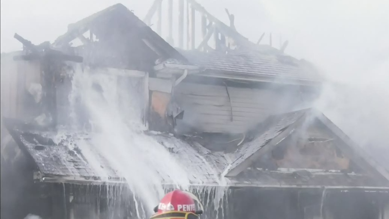 3 homes damaged by fire