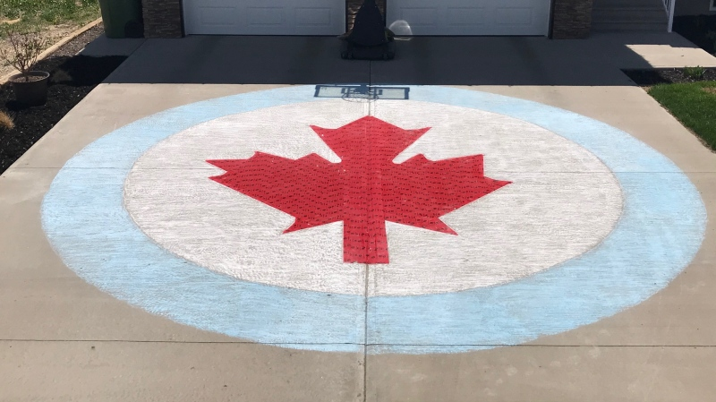 Art welcoming the Snowbirds home to Moose Jaw (Stefanie Davis / CTV News Regina)