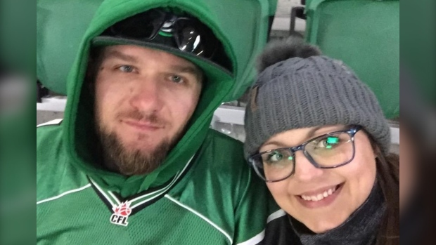 Sask. woman unable to see husband in hospital after severe crash