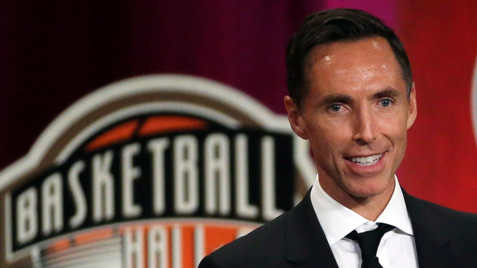 Steve Nash speaks during induction ceremonies at the Basketball Hall of Fame, Friday, Sept. 7, 2018, in Springfield, Mass. (THE CANADIAN PRESS/AP-Elise Amendola)