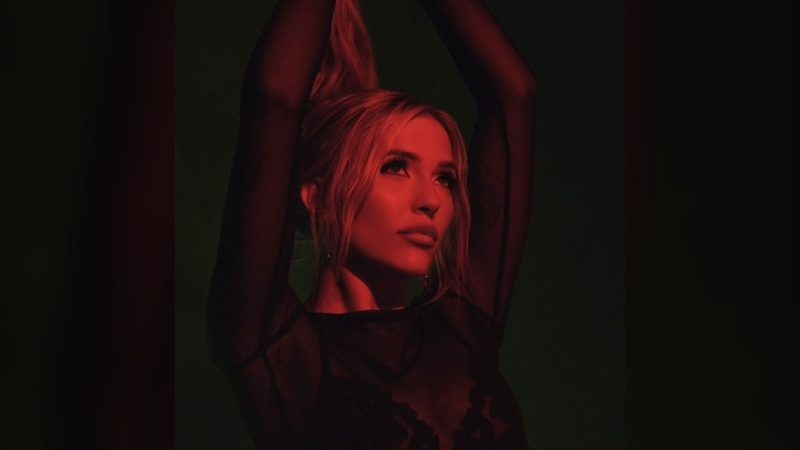 """Canadian Lennon Stella released her debut album """"Three. Two. One."""" in April. (Courtesy: Lennon Stella/Facebook)"""