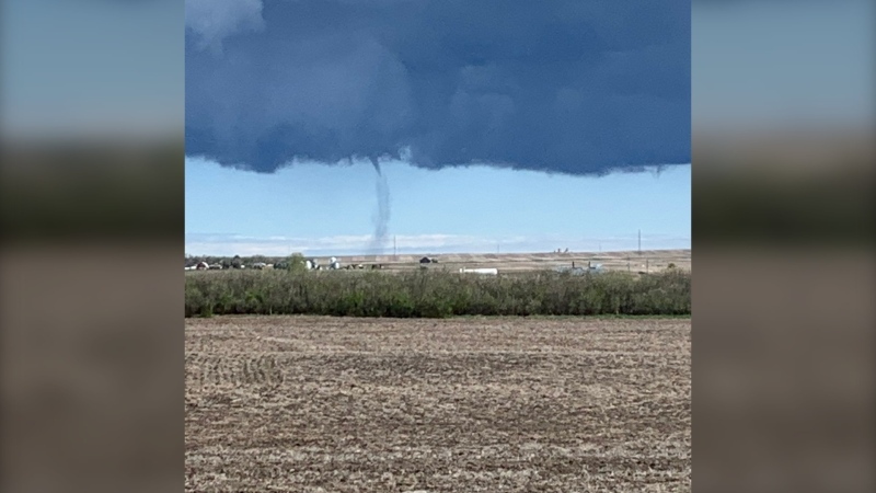 Environment Canada classified the landspout tornado, spotted near Mossleigh, as an EF0 tornado. (Photo: @KenLepp)