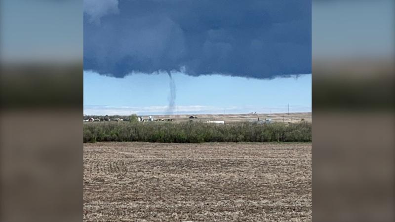 Environment Canada classified the landspout tornado, spotted near Mossleigh, as an EF0 tornado. (Photo: @KenLepp)