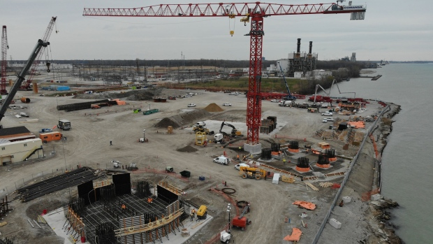 Canadian bridge site progress in Windsor, Ont., on Thursday, May 28, 2020. (Courtesy Windsor Detroit Bridge Authority)