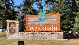 The entrance to Waskesiu. (Carla Shynkaruk/CTV Saskatoon)