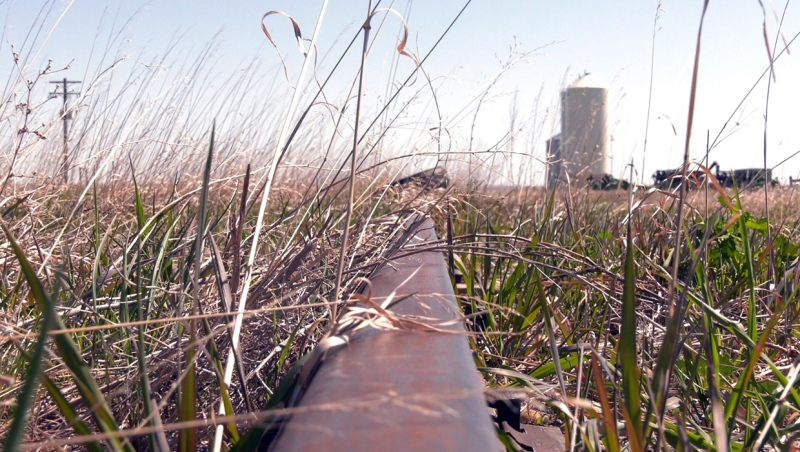 A group of Raymond, Alta. area farmers are hoping to gain public support for lobbying CP Rail to not sell off an unused rail line between Raymond and Stirling.