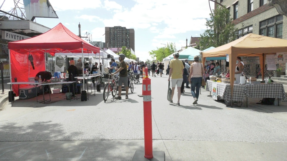 The Downtown Windsor Farmers' Market