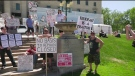 Winnipeg protesters demand to COVID-19 lockdown