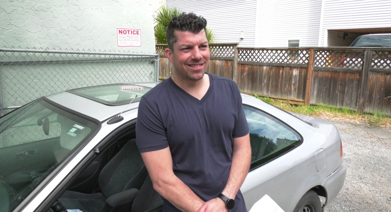 Kyle Noddin was charged more than $700 after the towing company told him they didn't have his car for 26 days. (CTV News)