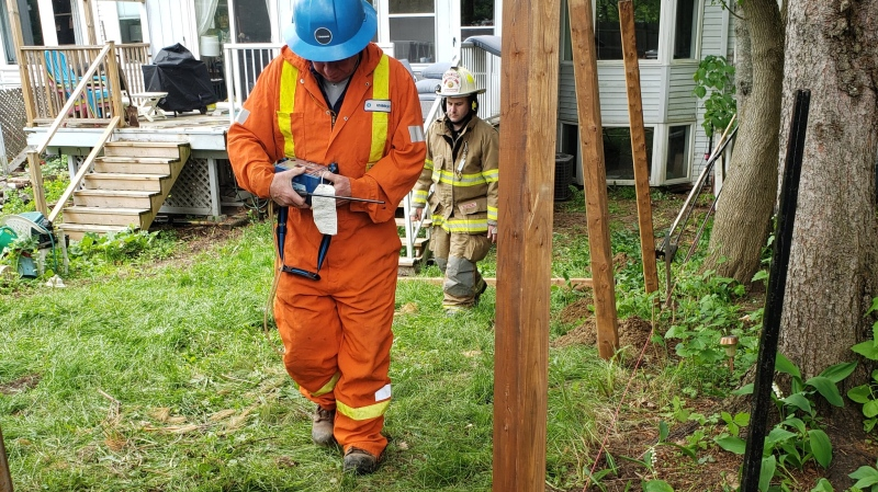 Enbridge Gas and Gravenhurst Fire crews attend a gas leak in the area of John St. South and James St. West in Gravenhurst on Tues., June 2, 2020. (Gravenhurst Fire/Twitter)