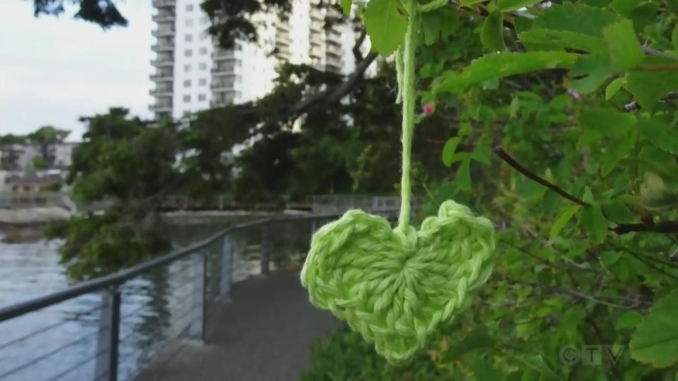 Sawatsky Sign-Off- Hanging Hearts