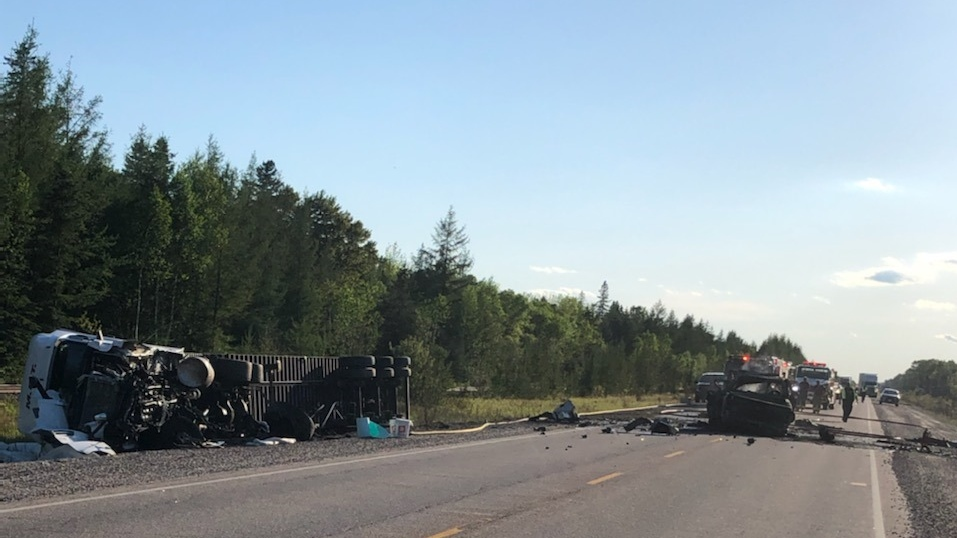 Fatal crash on Hwy 17 in West Nipissing