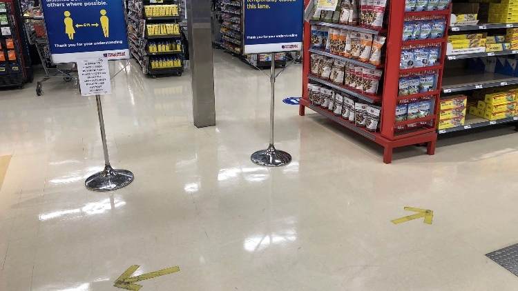Physical distancing arrows at a store in Windsor, Ont., on Friday, June 5, 2020. (CTV Windsor)
