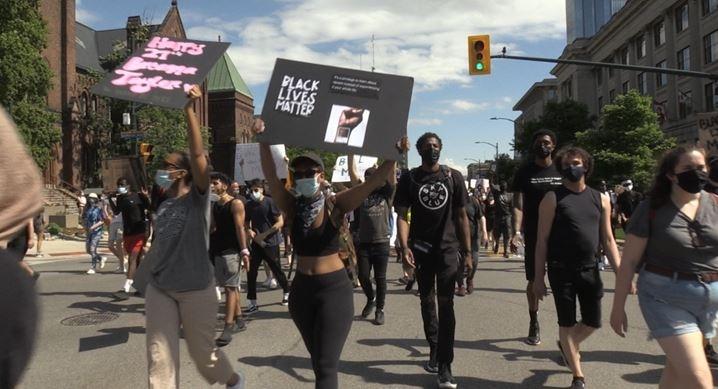 Black Lives Matter rally in London, Ont. on June 6, 2020. (Jordyn Read/CTV London)