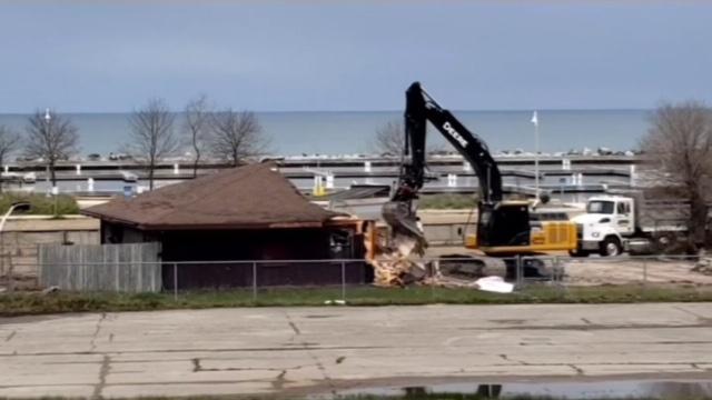 Crews demolish a former train station in Port Elgin, Ont. in May 2020. (Source: Patricia Corrigan-Frank)