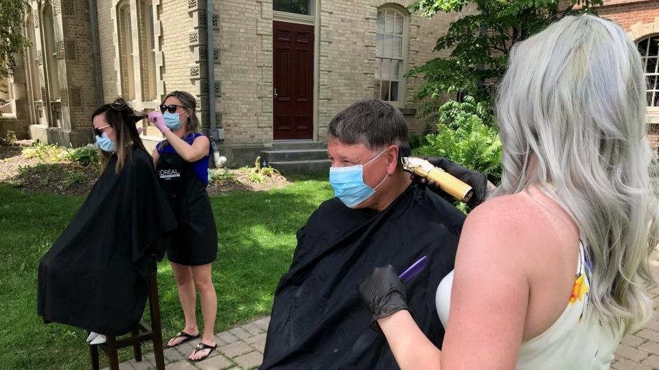 hair cut protest