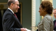Ambassador-designate of the United States to Canada David Cary Jacobson presents his credentials to Governor General Michaelle Jean during a ceremony at Rideau Hall Ottawa, Ont., Friday Oct. 2, 2009. (Sean Kilpatrick / THE CANADIAN PRESS)