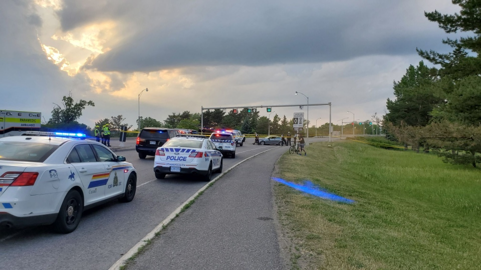 Ottawa Police and RCMP are on scene investigating a serious crash in the area of Island Park Drive and the Sir John A. Macdonald Parkway June 10, 2020. (Aaron Reid / CTV News Ottawa)