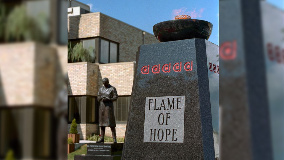 Banting House in London Ontario displays the Flame of Hope prior to vandalism (Source: Banting House)