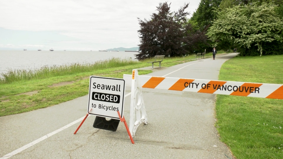 A section of the seawall has been closed to cyclists during the COVID-19 pandemic, and park board commissioner John Couplar says he'd like to see Stanley Park returned to its pre-COVID configuration.