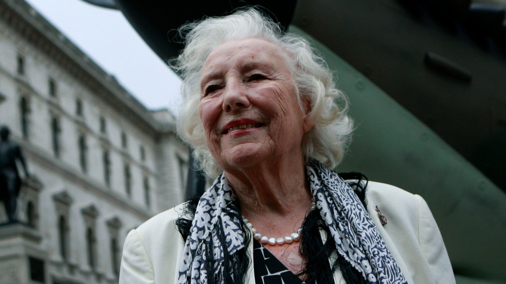 Dame Vera Lynn Dies: British Singer & Actress Was 103